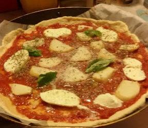 La Filosofa in Cucina 3 – Hegel. La cosa in sé, ovvero la pizza margherita – Di Giovanna Borrello